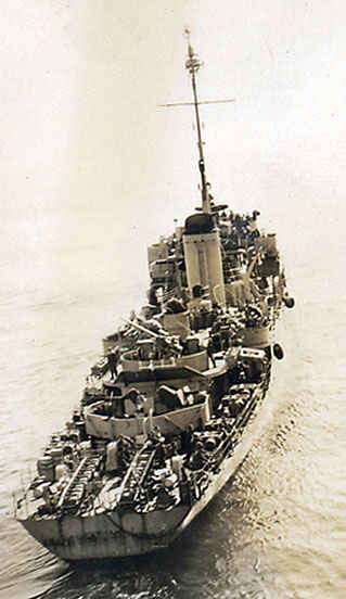 This is the minesweeper that always trolleys in front of the Leo making sure there were no mines. If a mine was found, the minesweeper would shoot the mine. The Leo she spent 1951 operating between Sasebo, Japan and Korea. Leo operated between Sasebo and various rendezvous points in Japan.